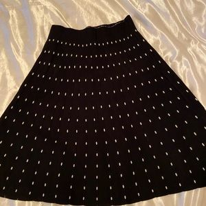 Beautiful skirt Max Studio medium size